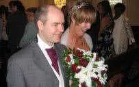 ο Νιλ και η Ελεν στο γάμο τους