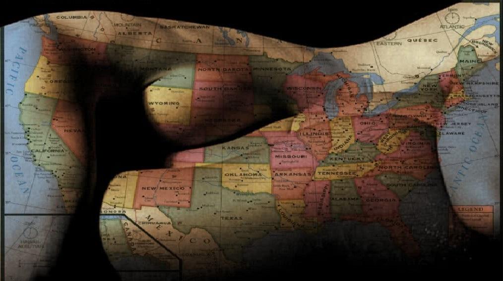 χάρτης επάνω σε σώματα