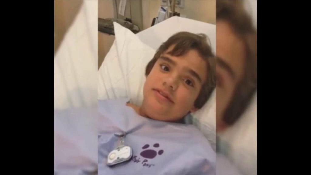 παιδί σε νοσοκομείο