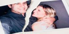φωτογραφία από ζευγάρι που χώρισε