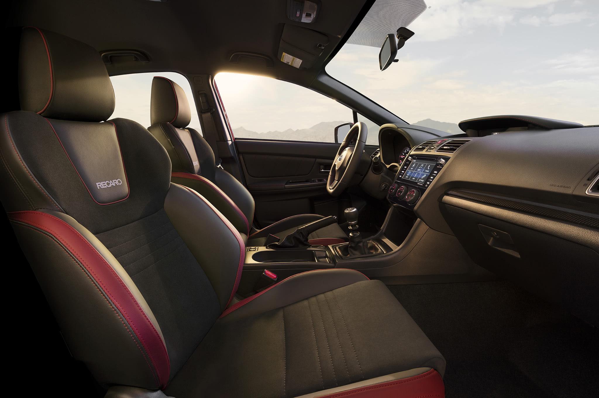 Subaru 2018 σαλόνι
