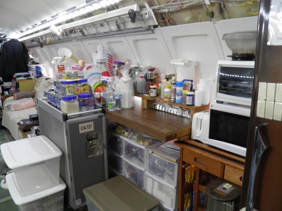 ανακαινισμένη κουζίνα σκάφους