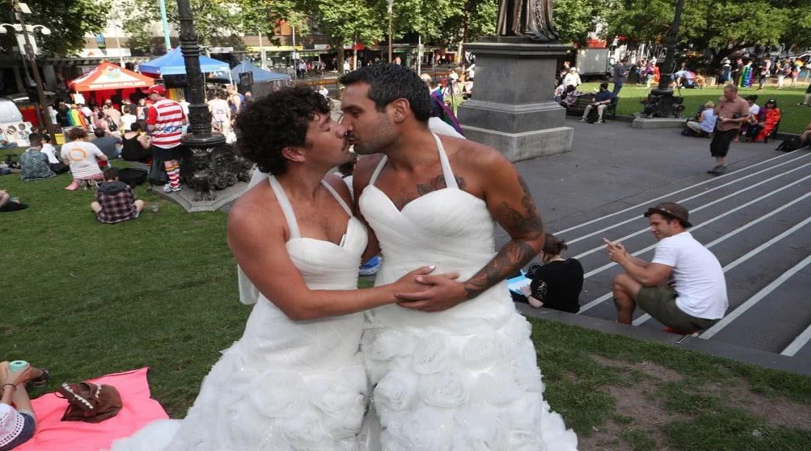 πολυερωτικά ραντεβού ο γάμος δεν χρονολογείται EP 7 ENG