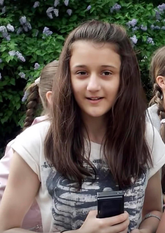 η Νατάλια δεκατεσσάρων ετών