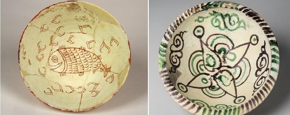 πιάτα από αρχαιολογικό μουσείο θηβών
