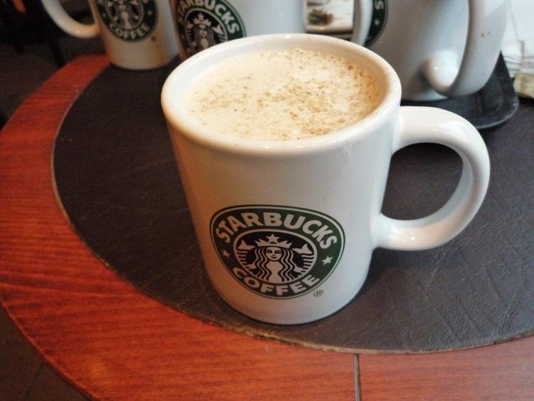 cappuccino από τα starbucks