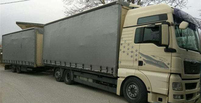 ρυμουλκούμενο φορτηγό
