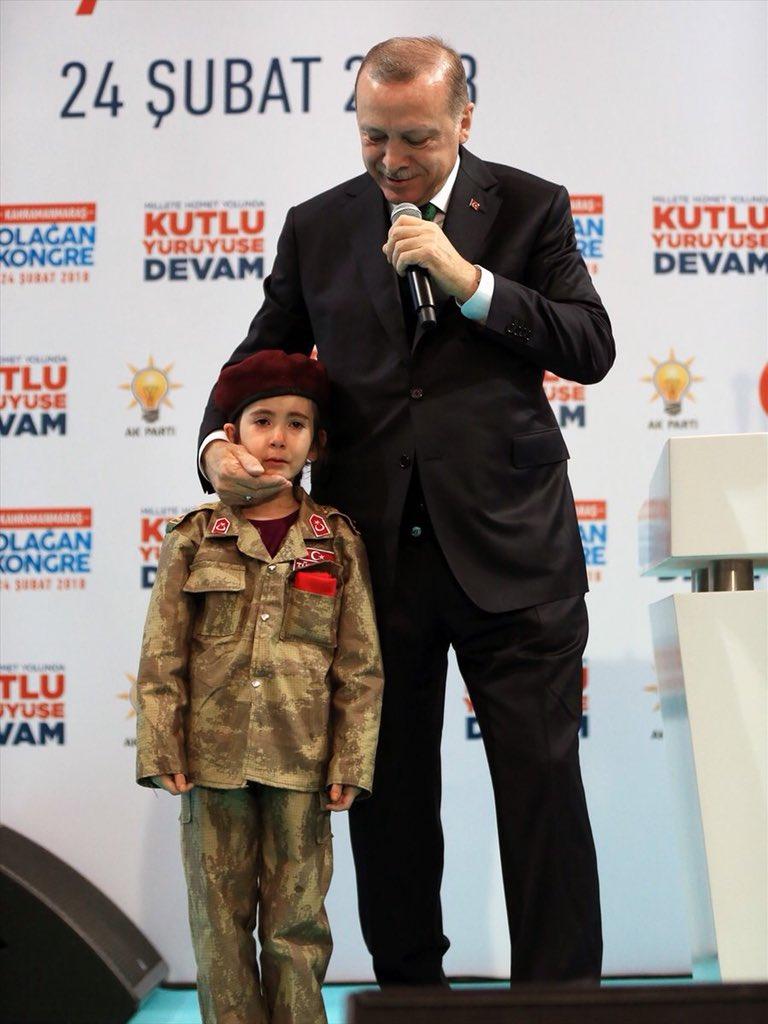 ο σουλτάνος με μικρή τουρκάλα