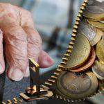 χρήματα ηλικιωμένων