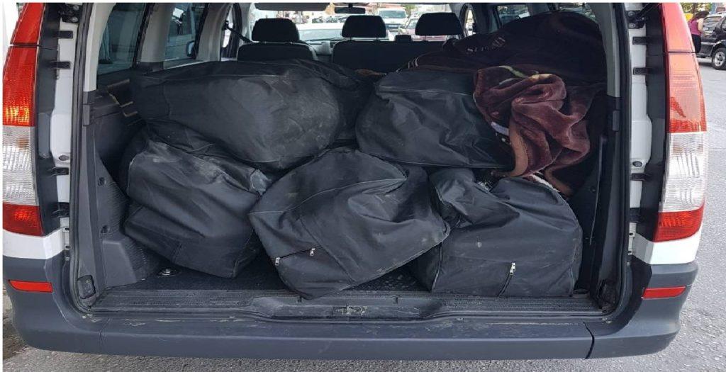 πορτ μπαγκάζ φορτηγού