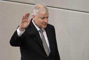 Η κόντρα για το μεταναστευτικό «δυναμώνει» τους ακροδεξιούς της Γερμανίας – News.gr