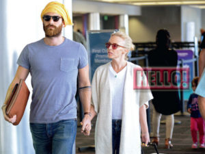 Κάιλι Μινόγκ - Τζόσουα Σας - Διακοπές στη Σίφνο λίγο πριν το μυστικό γάμο τους τον Ιούλιο στην ιταλία : Celebrity News