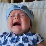 μωρό που κλαίει