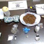 συνελήφθησαν 6 άτομα στην κορινθία, για ναρκωτικά και όπλα
