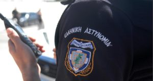 έξι συλλήψεις για ναρκωτικά στο απθ στη θεσσαλονίκη