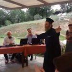 viral βίντεο με ιερέα που χορεύει το εδώ παπάς εκεί παπάς