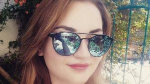 πένθος σήμερα στη λάρισα με τη 19χρονη που χάθηκε από τροχαίο