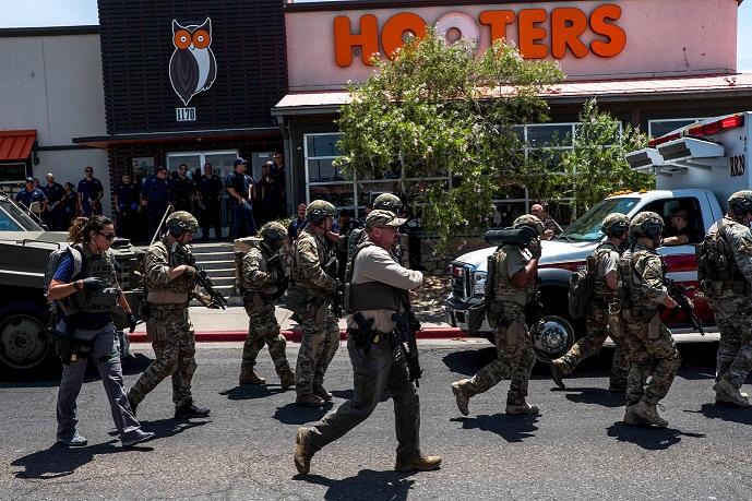 ο κόνορ μπετς, σκοτώθηκε από τους αστυνομικούς, ένα λεπτό μετά το πυρ που άνοιξε