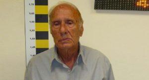 αυτός είναι ο 81χρονος που θώπευε ανήλικη στο βόλο